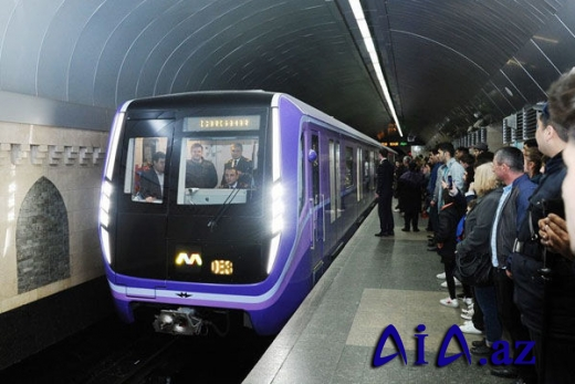 Bakı metrosunda ikimərtəbəli stansiyaların tikintisinə başlanıldı